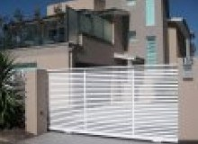 Kwikfynd Decorative Automatic Gates airdmillan